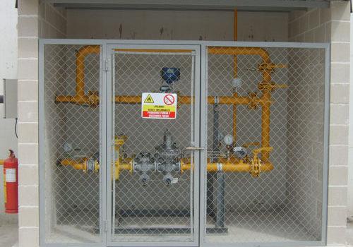 Estación de regulación y medida de gas natural para fábrica congelado de vegetales en Ejea de los Caballeros Presión de entrada 16 bar y caudal 1.500 Nm3/h.